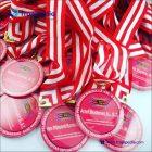 medali penghargaan wisuda